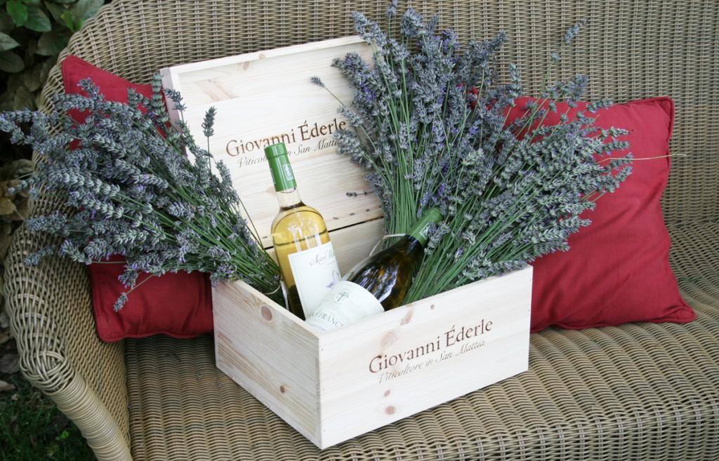 Confezione regalo vino e lavanda_lr